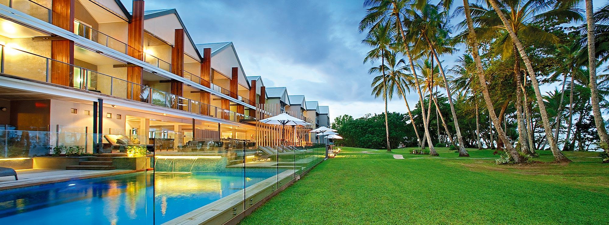 Mission Beach Accommodation Castaways Resort Spa